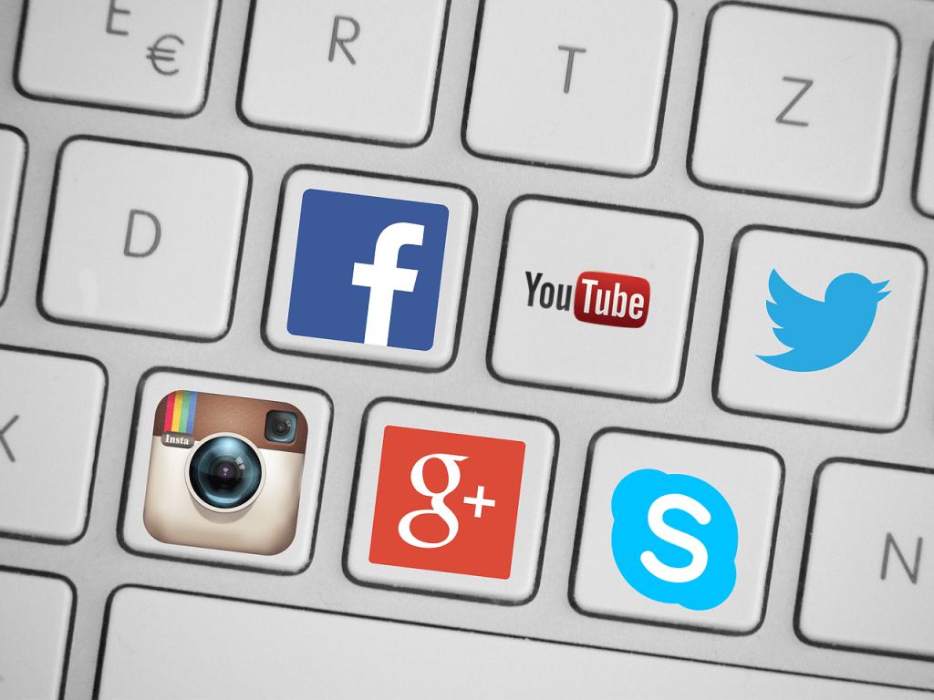 herramientas para analizar Redes Sociales
